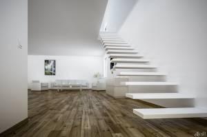 Loft - escalier flottant